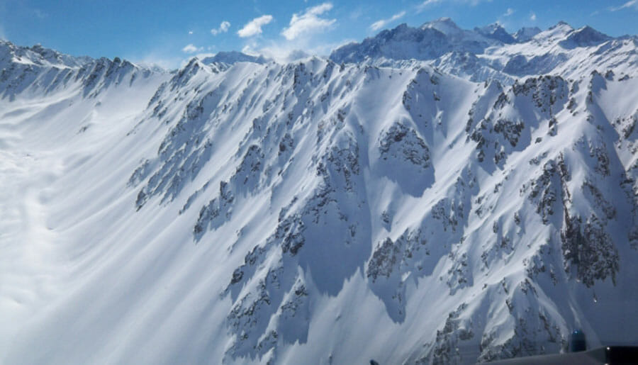 The terrain in the Andes also looks spectacular. | Photo: Powder South