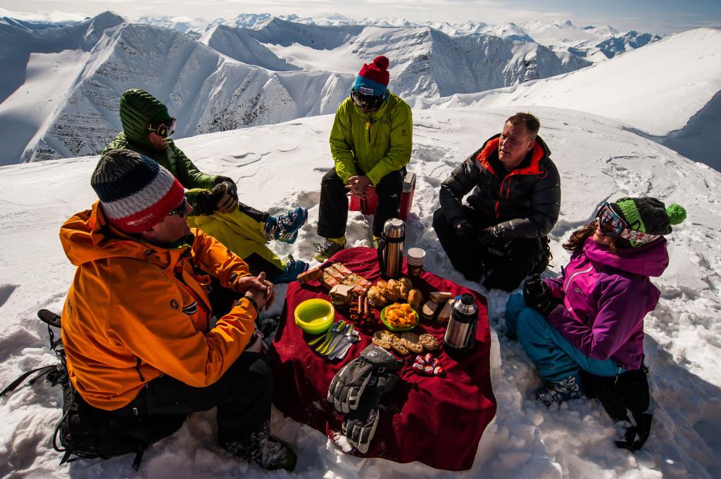 Picture perfect private picnic | Photo: Dave Silver