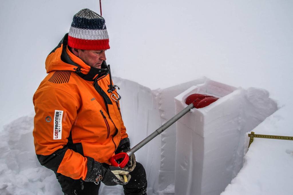 Learn more about Avalanche Safety and Awareness | HIdehiko Chiyasu