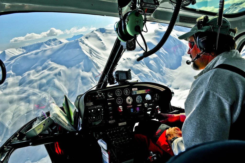 The pilots and guides check into base every half hour | Photo - Simon Pukl
