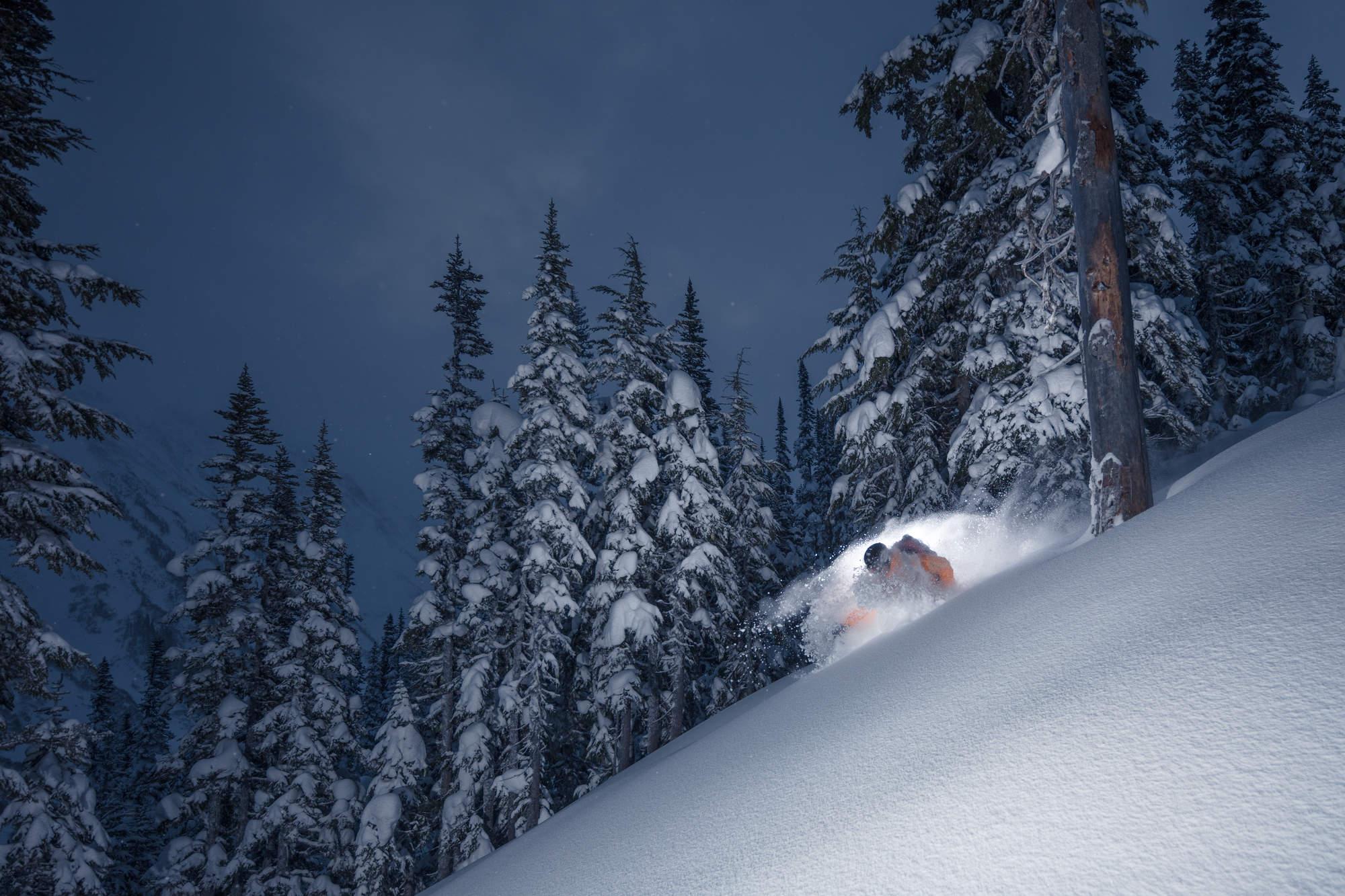7 Deep Winter Heli Skiing BC